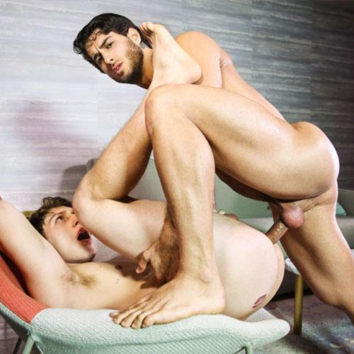 Tre Sesso – Diego Sans, Max Wilde, Phoenix Fellington