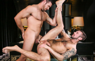 married-men-chris-harder-alex-mecum_18