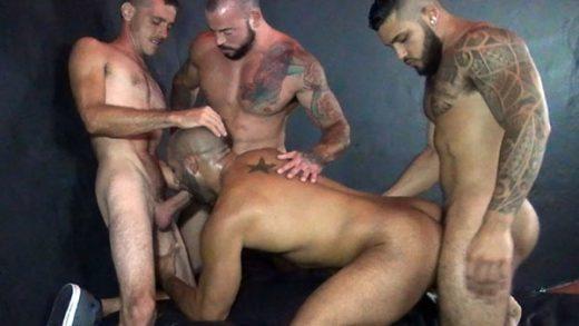 Leo Forte Gang Fucked - Mario Cruz, Brett Bradley, Sean Duran & Leo Forte