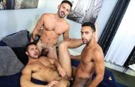 Surprise Big Dick Threeway – Seth Santoro, Jay Alexander, Cesar Rossi