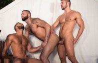 Trapped – Seth Santoro, Rikk York & Damian Taylor