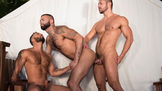 Trapped - Seth Santoro, Rikk York & Damian Taylor