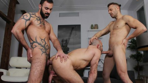 The Guest - Mario Galeno, Xavi Duran & Felipe Ferro