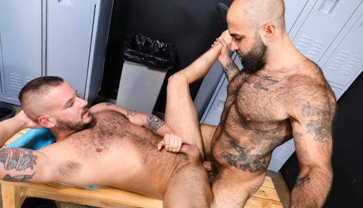 Let's Do It In The Locker Room – Sean Harding & Atlas Grant